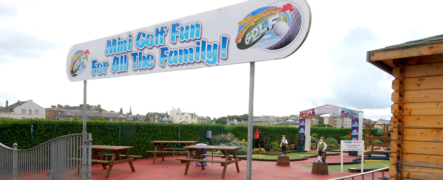 Golf Family Activity